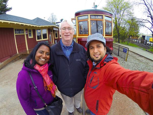 group-pic-streetcar