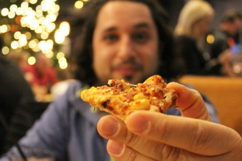 Bingemans-gift-of-lights---Lets-Discover-ON---boston-pizza-4