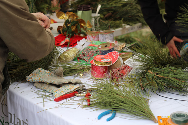 ON-Nature-Scots-Pine-Wreath---wreath-making-workshop---Lets-Discover-ON