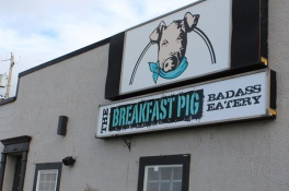 Sault-Ste-Marie-Breakfast-Pig-Lets-Discover-ON-1