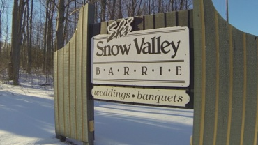 Winter-fun-with-Lets-Discover-ON---snowtubing-Ski-Snow-Valley-Barrie