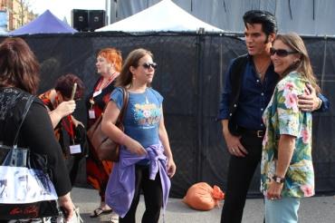 Collingwood-Elvis-Festival---Dean-Z-as-Elvis-fan-photos---Lets-Discover-ON