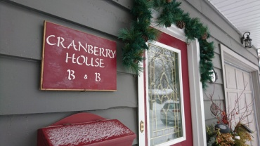 Cranberry-House-BandB-in-Orillia-sign