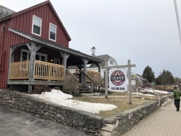 Tobermory-brewing-company-exterior