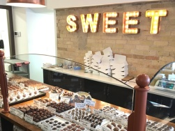 Lets-Discover-ON---stratford-chocolate-trail---chocolate-barrs-candy-bar