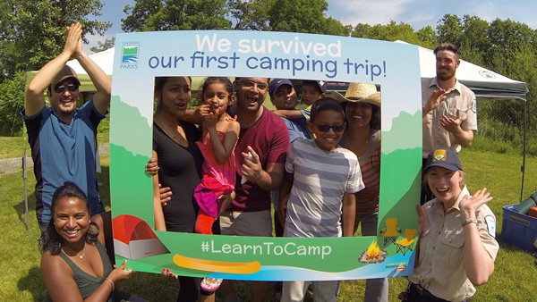 Learn-to-camp-class-photo-Lets-Discover-ON