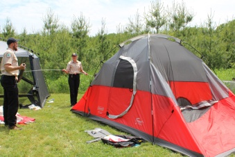 Learn-to-Camp-tent-instruction--Lets-Discover-ON